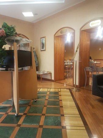 Hotel Corot: TA_IMG_20180713_050005_large.jpg