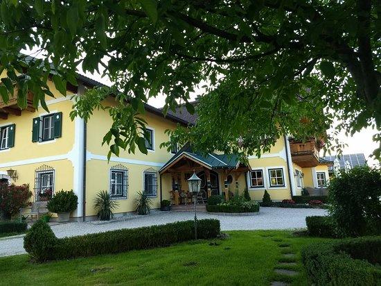 Hotel-Pension Bloberger Hof: IMG_20180712_193335893_large.jpg