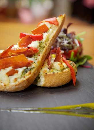 County Limerick, Ireland: Goats Cheese Bruschetta Starter