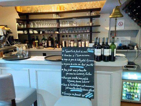 Frehel, France: Très bon restaurant et une équipe formidable et dynamique