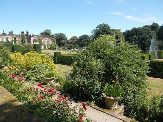 Renishaw, UK: Formal garden