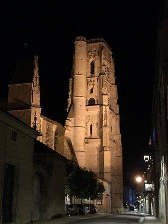 Gers, Frankreich: Lectoure vue de nuit