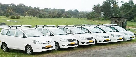 South Delhi Taxi Service
