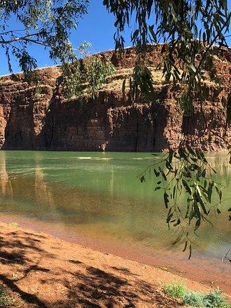 Marble Bar, Australia: Serenity at Carawine Gorge