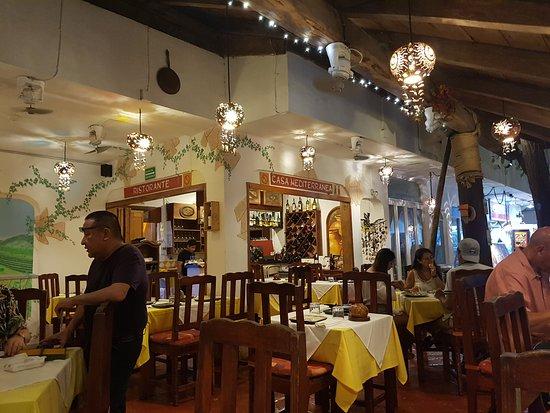Casa Mediterranea: Interior del restaurante