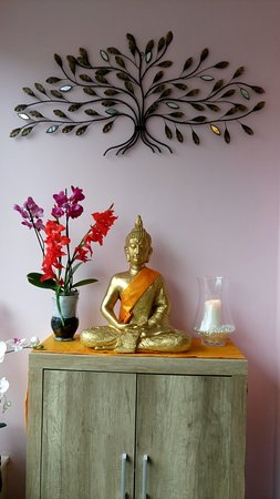 Upton, UK: Our Buddha watching over the shop