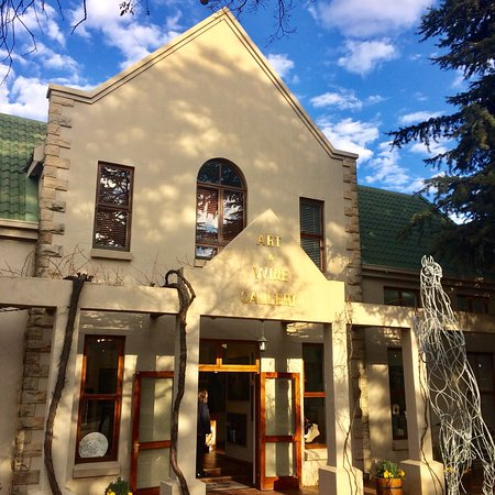 Clarens, South Africa: Art and Wine Gallery on Main