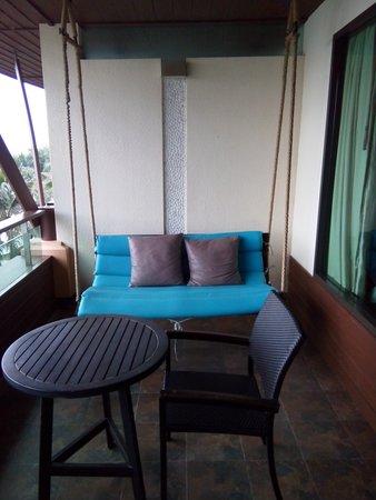 Springfield @ Sea Resort & Spa: เก้าอี้เหมือนเปลเลย...นั่งสบาย
