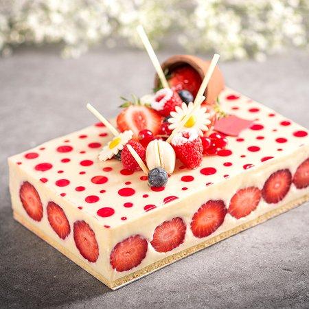 Saint-Jacques-de-la-Lande, Francia: Fraisier, votre entremet vanille fraise classique