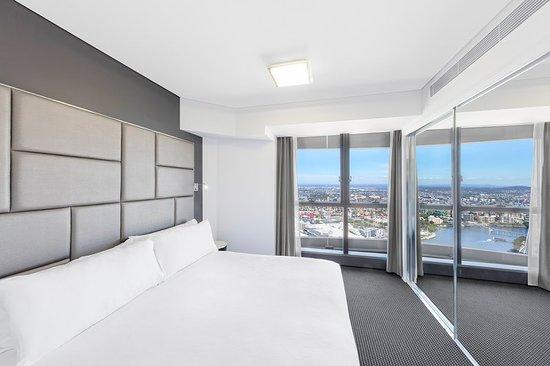 Meriton Suites Herschel Street, Brisbane