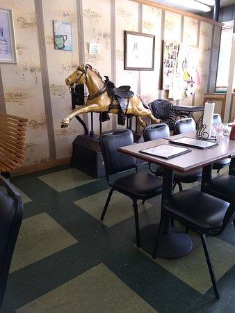 Lexington, TN: Stewarts Coffee Corner