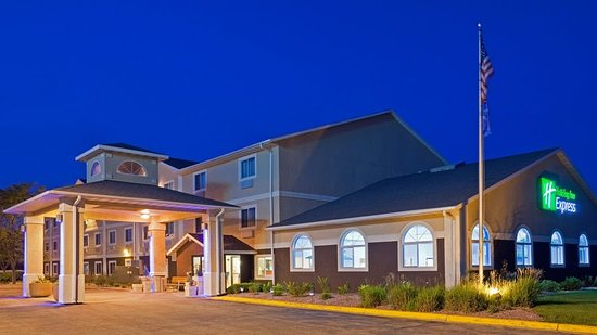 Holiday Inn Express Deforest (Madison Area): Exterior