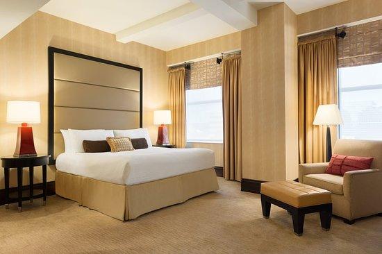 ホテル デュ ポン