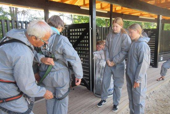 Bridgewalking Lillebælt: Guiden spænder sikkerhedsbæltet