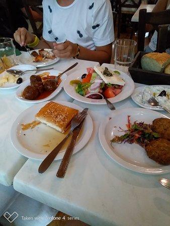 Εστιατόριο Σχολαρχείον: P_20180713_202534_p_large.jpg