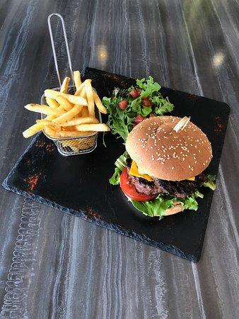 Cheese Burger et Frites