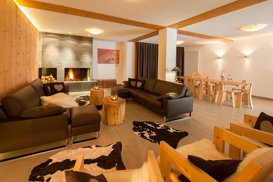 Silvaplana, Switzerland: Lobby