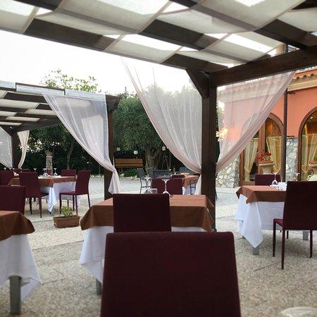 Avella, Italy: D'estate ancora più suggestiva...