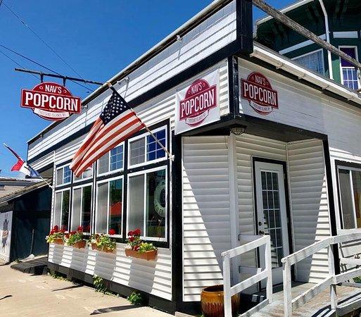 Nav's popcorn shop