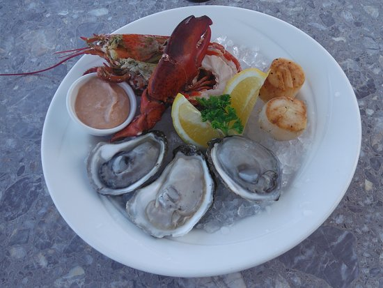 New Glasgow, Canada: Fresh local oysters