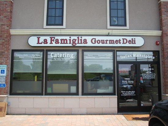 La Famiglia Gourmet East Hanover Restaurant Reviews Phone Number