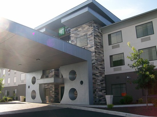 Shippensburg, Πενσυλβάνια: The front exterior of the Hotel