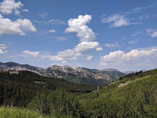 Guardsman Pass Scenic Backway: View from Guardsman's Pass towards Park City