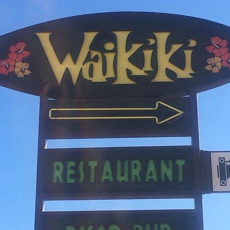 Waikiki Beach Club: photo0.jpg