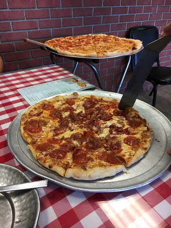 Lenny's NY Pizza: Yummy