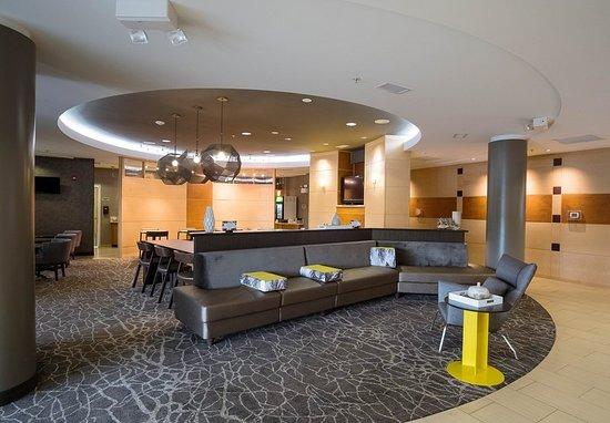 SpringHill Suites Winston-Salem Hanes Mall: Lobby