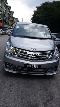 Seremban, Malaysia: Rent Hyundai Starex 9 seater for Hourly,Daily usage,Weekly or Monthly with driver for reasonable