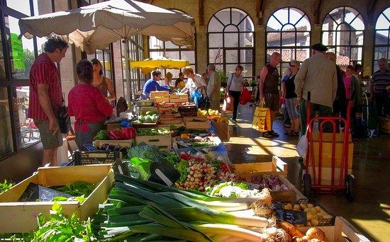 Baraqueville, Γαλλία: Villefranche de Rouergue Market