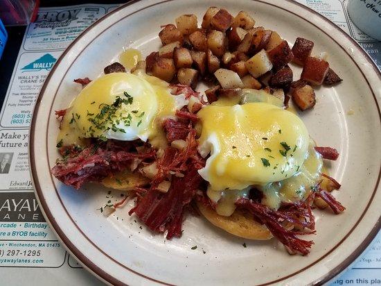 Rindge, New Hampshire: Superb eggs Irish----REAL corned beef