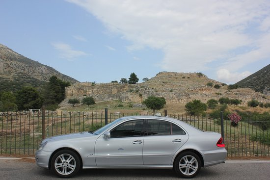 Mycenae Taxi Tours at the Ancient Castle of Mycenae