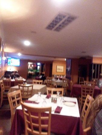Garfield, NJ: Dinning room