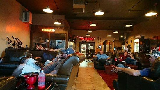 DSC_0007_large.jpg - Picture of En Fuego Cigars & Lounge, Las Vegas - Tripadvisor