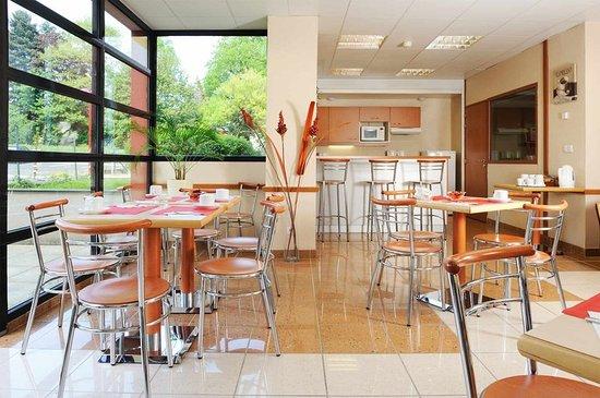 Saint-Genis-Pouilly, Frankrig: Restaurant