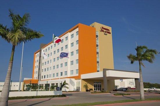 Paraiso, Mexico: Exterior