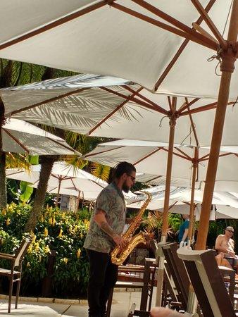 bar (com show de sax) - Picture of Hotel Village Le Canton