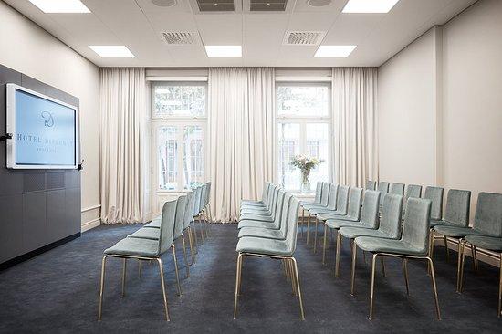 Hotel Diplomat: Meeting room