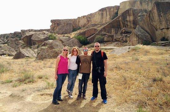 Dagstur till Gobustan National Park och Mud Volcano ...