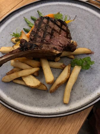Cooroy, ออสเตรเลีย: veal