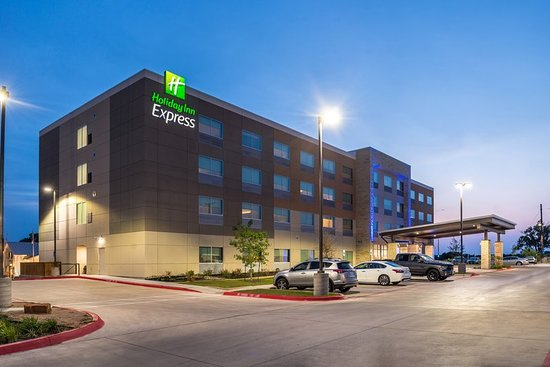 Holiday Inn Express - Early