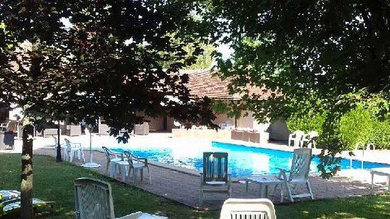 photo6.jpg - Picture of Le Relais Fleuri, Sauvigny-le-Bois ...