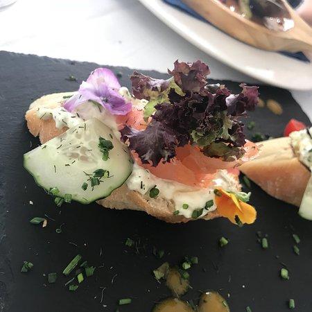Blue Sapphire restaurant & lounge