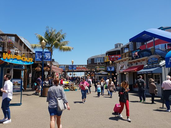 pier 39 main street サンフランシスコ ピア39の写真 トリップ