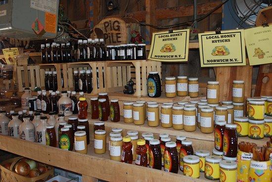 Bainbridge, NY: Fresh honey. Amish products.