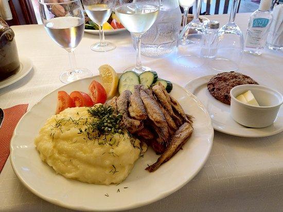 Muikkuravintola Sampo – valokuva