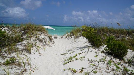 COMO Parrot Cay, Turks and Caicos: Accesso diretto alla spiaggia privata