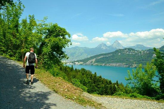 The Swiss Path: etapa Rütli–Seelisberg